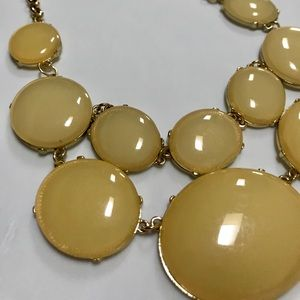 Jewelry - 🌟Host Pick!🌟 NWOT Yellow Statement Necklace